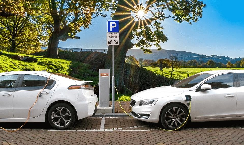 Bornes de rechargement de voitures électriques