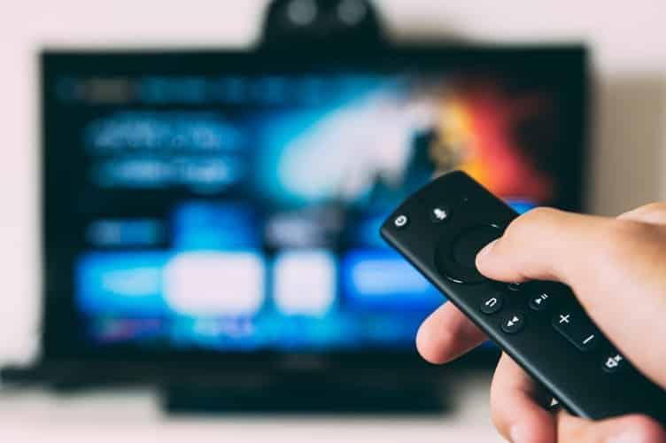 télévision télécommande