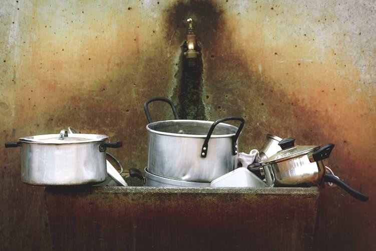 consommation vaisselle à la main